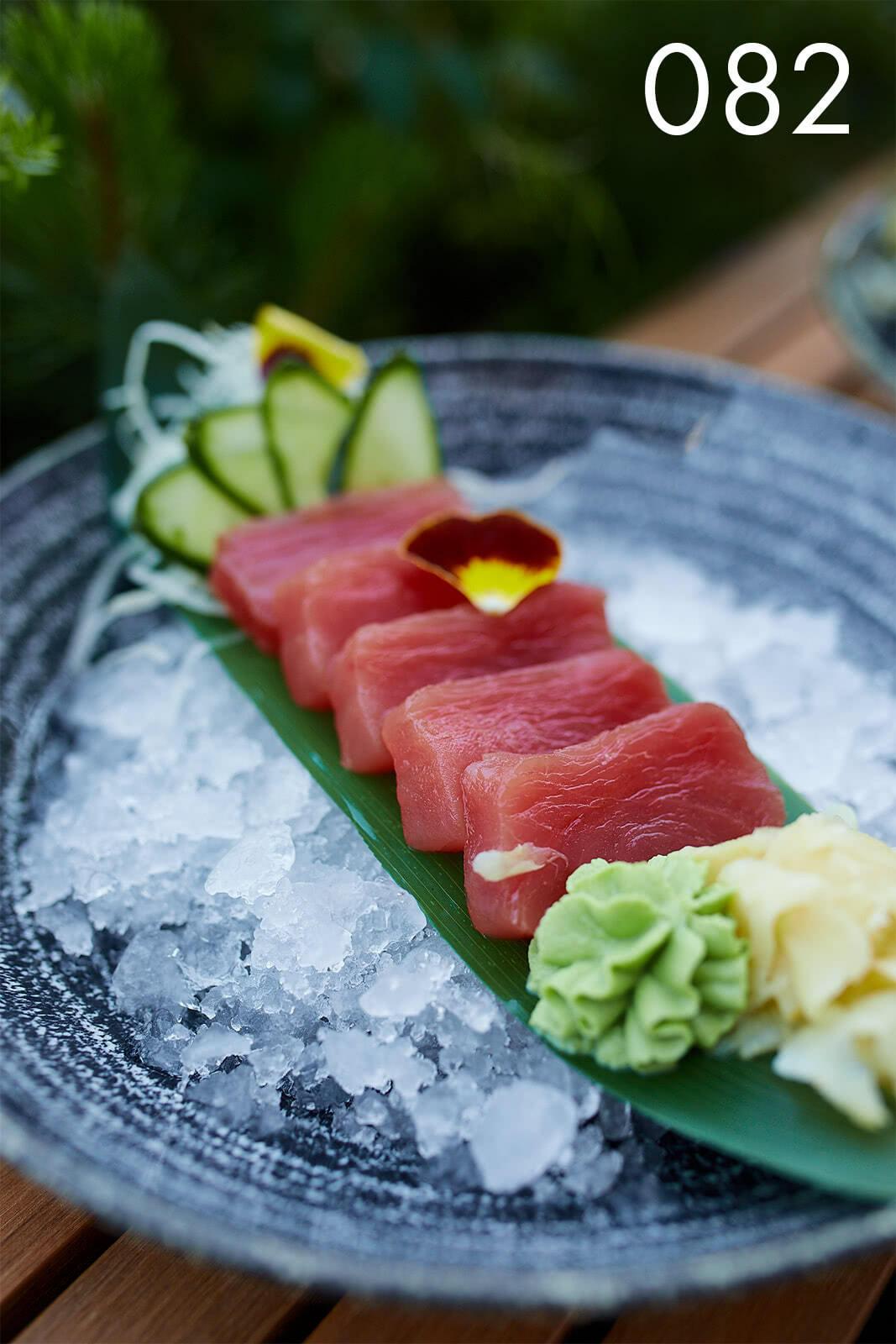 сашими с тунцом в ресторане Веранда